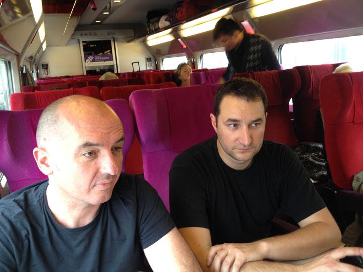 Wordcampeurs dans le train